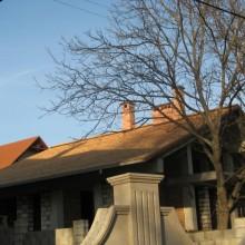 Крыша из канадского кедра. Частный дом г.Кишинев